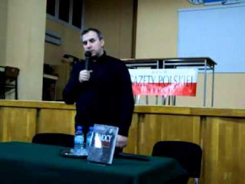"""Książka """"Z mocy bezprawia"""", historia red. Sumlińskiego"""